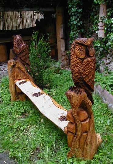 Eulen bank owl bench kettensägenkunst wood carver chainsaw